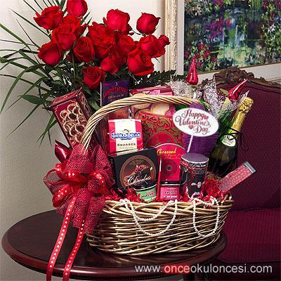 Корзина подарков для девушки 20