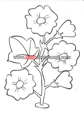 çiçekli Boyama Sayfaları