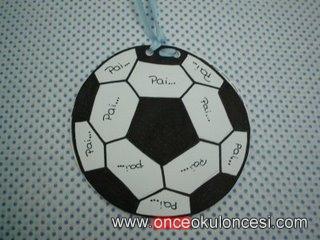 Babalara Futbol Topu şeklinde Kart