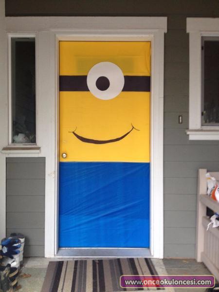minion-door-designs.jpg